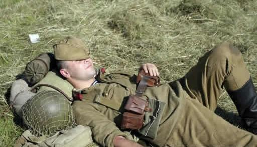 https://socialneuroscience.files.wordpress.com/2009/11/sleeping-soldier.jpg